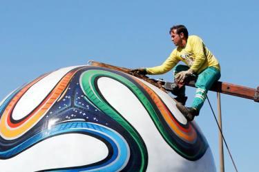 ¡En Brasil se inicia la mayor fiesta del fútbol!