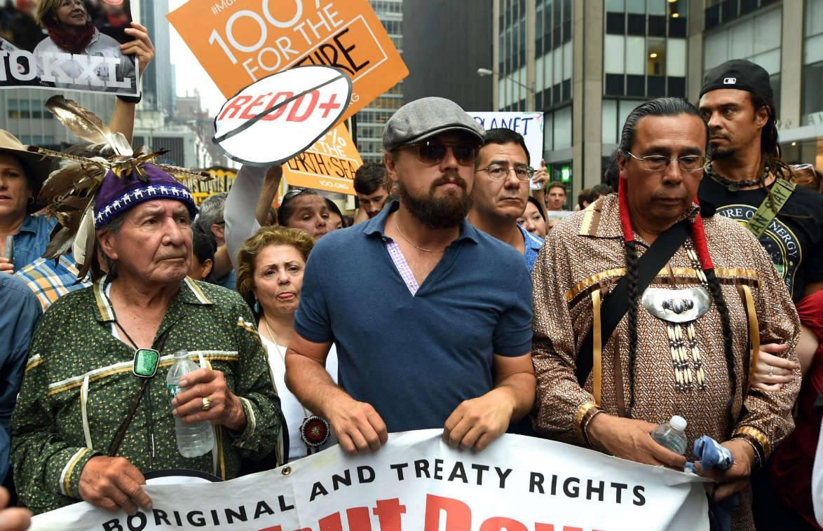 Miles de personas marchan contra el cambio climático en Nueva York
